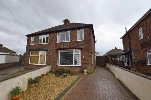 2 bedroom semi-detached house for sale - Davie Place, Cleethorpes, North East Lincolnshire