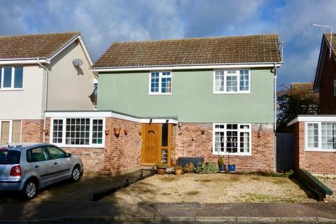 3 bedroom detached house for sale - Sanderling Close, Mildenhall