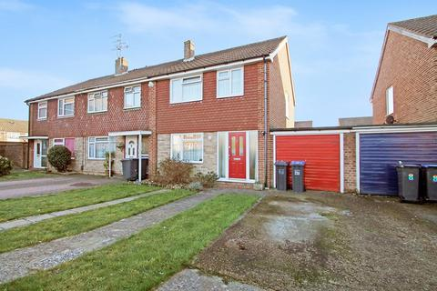 3 bedroom end of terrace house for sale - Rogate Close, Sompting BN15 0DY
