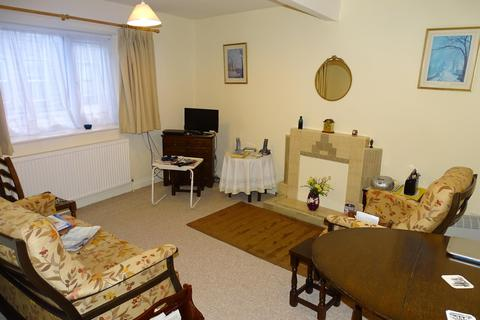 2 bedroom flat to rent - Suffolk Court, Yeadon, Leeds, LS19 7JN