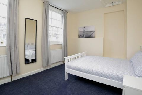1 bedroom in a house share to rent - Cannon Street Road