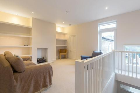 1 bedroom flat to rent - St Johns Hill, Battersea, SW11