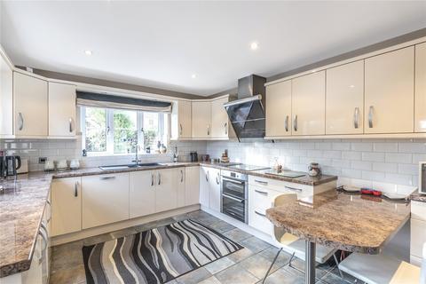 3 bedroom detached house for sale - Viables Lane, Basingstoke, Hampshire, RG22