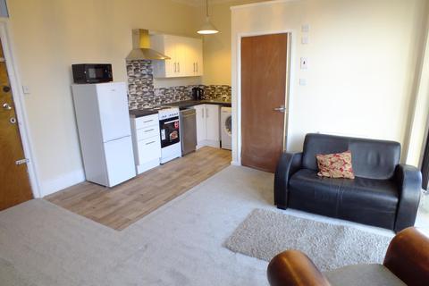 1 bedroom flat to rent - Shaftesbury Avenue, Roundhay, Leeds, LS8 1DS