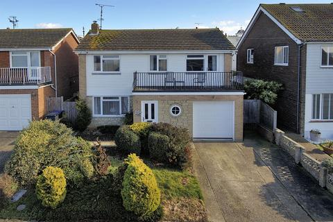 4 bedroom detached house for sale - High View Avenue, Herne Bay