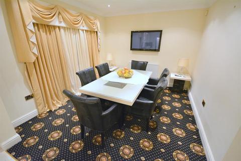 4 bedroom detached house for sale - Barmpton Lane, Darlington, DL1 3HF