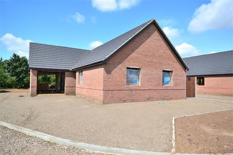 3 bedroom detached bungalow for sale - Ashwicken Road, Pott Row