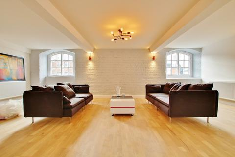 3 bedroom apartment for sale - Town Quay, Southampton