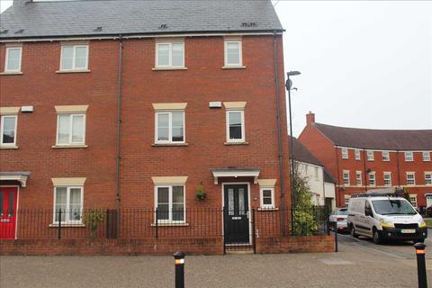 4 bedroom semi-detached house for sale - Torun Way, Haydon End, Swindon