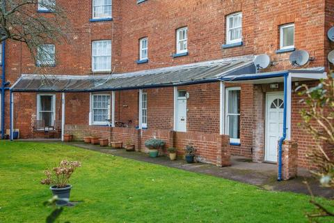 2 bedroom apartment for sale - Western Road, Crediton