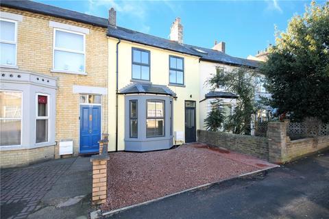 3 bedroom terraced house for sale - Victoria Road, Cambridge, CB4