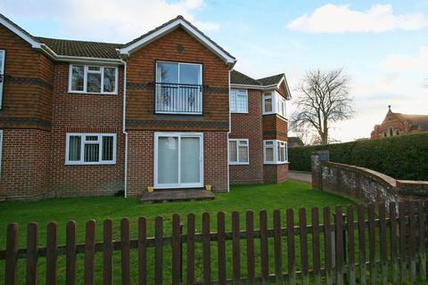 1 bedroom apartment to rent - Reade Court, Victoria Road, Farnham Common, Buckinghamshire SL2