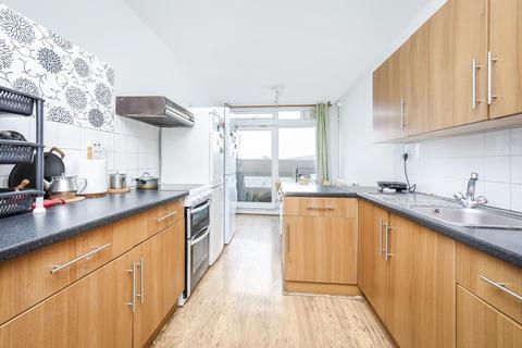 2 bedroom flat for sale - Binfield Road, London SW4