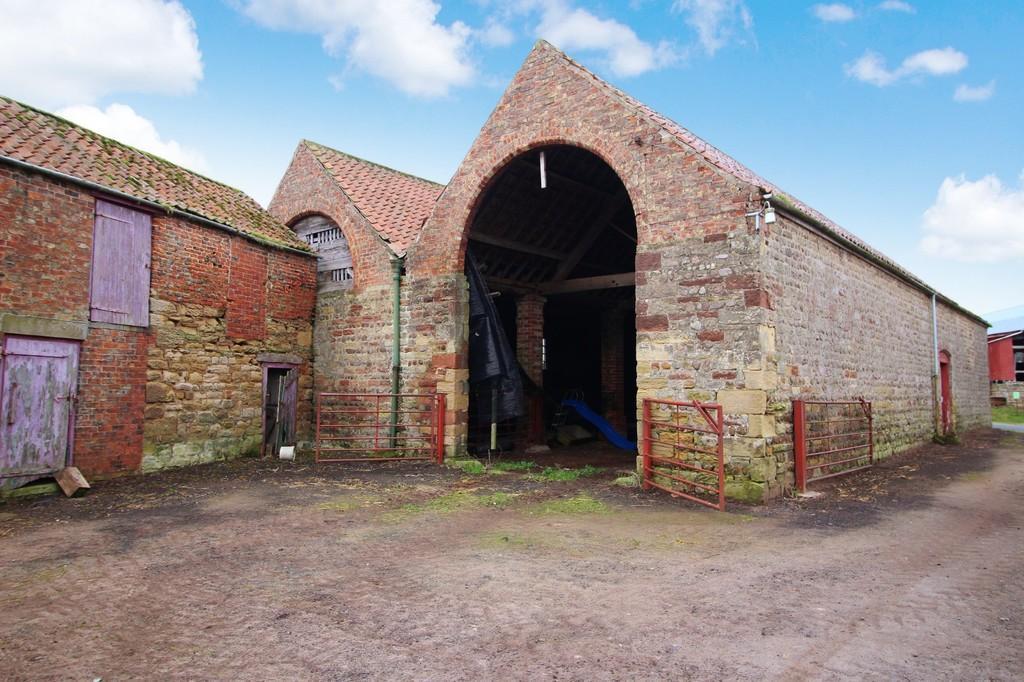 Rainton Near Thirsk 3 bed barn for sale - £450,000