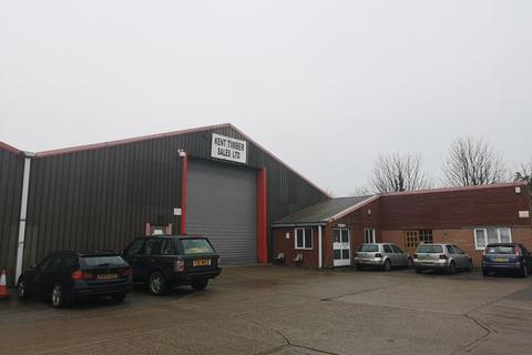 Industrial unit to rent - Manston Road, Ramsgate
