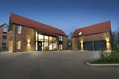 4 bedroom detached house for sale - Headcorn Road, Maidstone, Kent