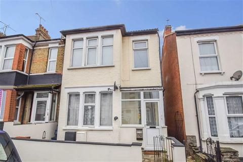 1 bedroom flat for sale - Shakespeare Drive, Westcliff-on-sea, Essex