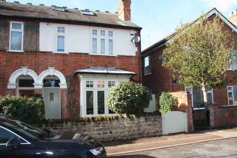 4 bedroom semi-detached house for sale - Julian Road, West Bridgford, Nottingham