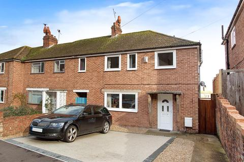 4 bedroom end of terrace house for sale - Cherry Garden Road, Eastbourne