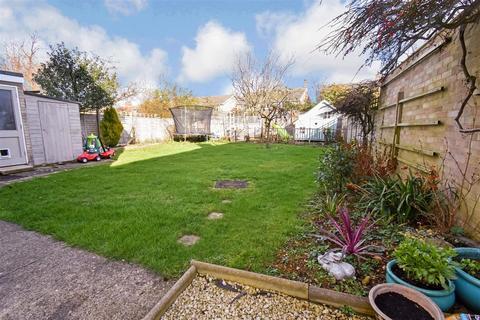 4 bedroom detached house for sale - Ainsdale Drive, Werrington, Peterborough