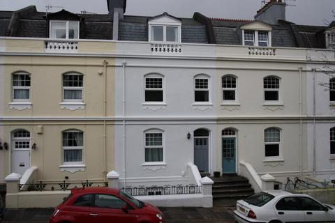 4 bedroom terraced house to rent - Citadel Road, Plymouth PL1