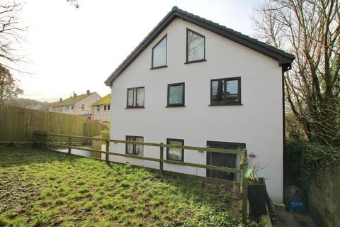 3 bedroom semi-detached house to rent - Borlase Close, Helston