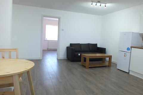 2 bedroom apartment to rent - Flat 1 , Otley Old Road, Leeds, West Yorkshire, LS16