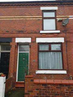 2 bedroom terraced house to rent - Hawthorn Street, Manchester, M18