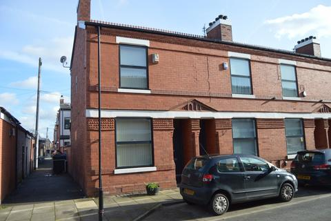 3 bedroom terraced house for sale - Beresford Street, Manchester, M14