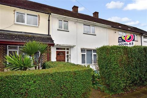 2 bedroom terraced house for sale - Peregrine Road, Ilford, Essex