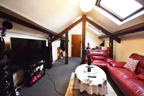 2 bedroom flat to rent - High Street, Leominster