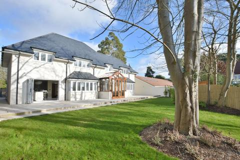 4 bedroom detached house for sale - Canford Cliffs Avenue, Lower Parkstone, Poole, BH14 9QN