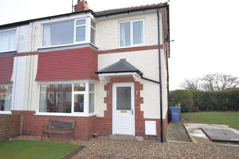 3 Bedroom Semi Detached House For Sale Greylands Park Avenue Scarborough North