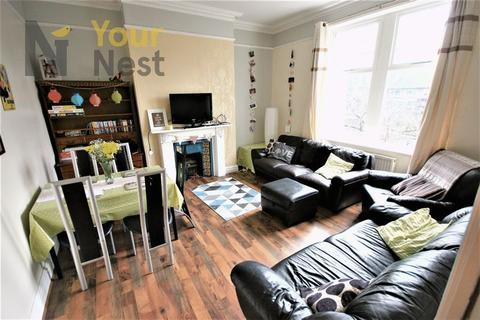 6 bedroom terraced house to rent - Hollybank, Headingley, LS6 4DJ