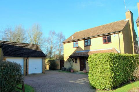 4 bedroom detached house for sale - Tansy Close, West Hunsbury, Northampton NN4 9XW