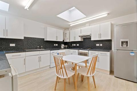 5 bedroom terraced house to rent - Deptford Place, Plymouth