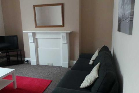 7 bedroom terraced house to rent - Clifton Place, Plymouth