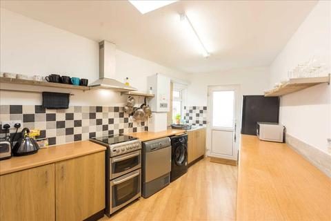 4 bedroom terraced house to rent - Sydney Street, Plymouth