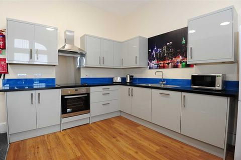 6 bedroom maisonette to rent - Mutley Plain, Plymouth