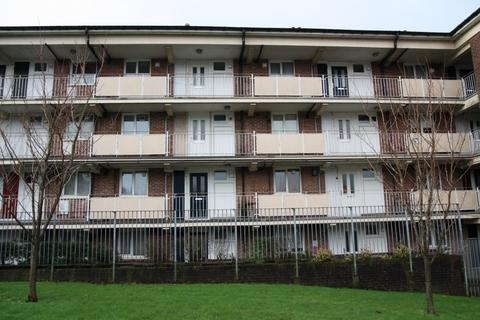 1 bedroom flat to rent - Budshead Road, Plymouth PL5