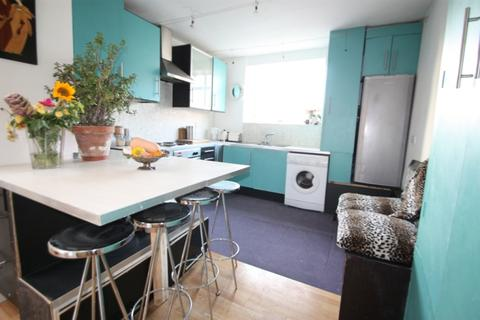 4 bedroom flat for sale - Streatham High Road, Streatham Common SW2