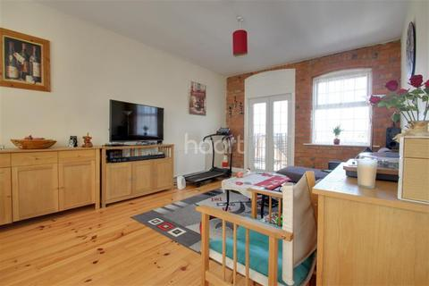2 bedroom flat to rent - SHAKESPEARE ROAD
