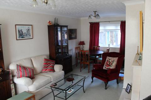3 bedroom terraced house for sale - Bouchier Walk, South Hornchurch