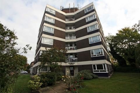 Studio for sale - Chessing Court, Fortis Green, East Finchley, London