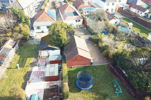 4 bedroom detached bungalow for sale - Lake Road, Hamworthy, Poole, BH15 4LH