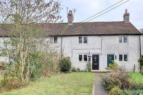 2 bedroom terraced house for sale - Tanyard Cottages, Farnham Road, Petersfield, Hampshire
