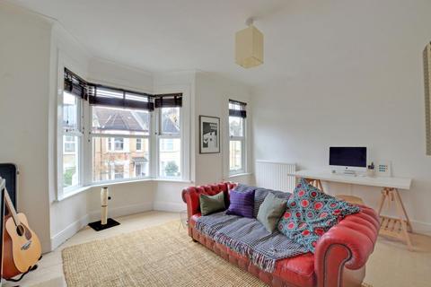 1 bedroom flat - Longhurst Road, Lewisham, London, SE13