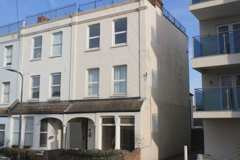 1 bedroom flat for sale - Camper Road, Southend-On-Sea