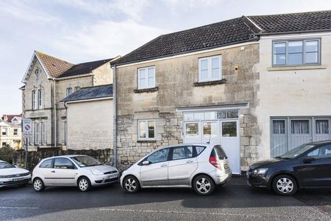 1 bedroom apartment to rent - Lower Oldfield Park, Bath