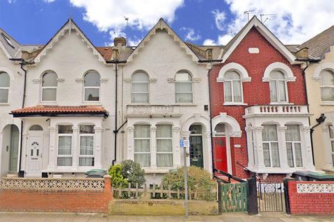 3 bedroom terraced house for sale - Waldegrave Road, London, N8
